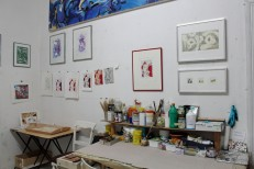 Lange Nacht der Illustration 2016, Berlin. Atelierhaus im Hinterhof. Workshopatelier Sandra Schmidt, Arbeiten von Saga Burger und Andi Krämer